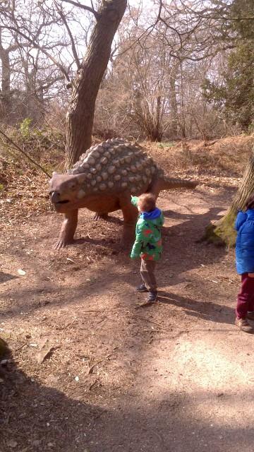 Frank meets a dinosaur.